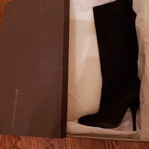 Designer Bottega Veneta knee high pointed boots
